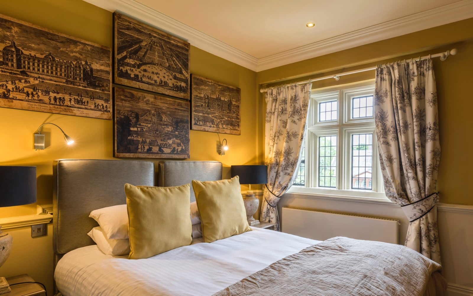 Coombe Abbey Hotel crown double room